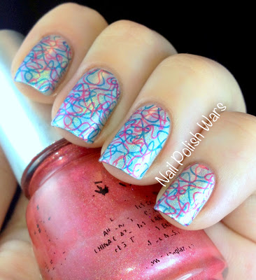 squiggly line nail art  nails redesigned